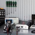 Valdiklis elektrinių vairo kolonėlių ir elektrohidraulinių siurblių diagnostikai / MS561